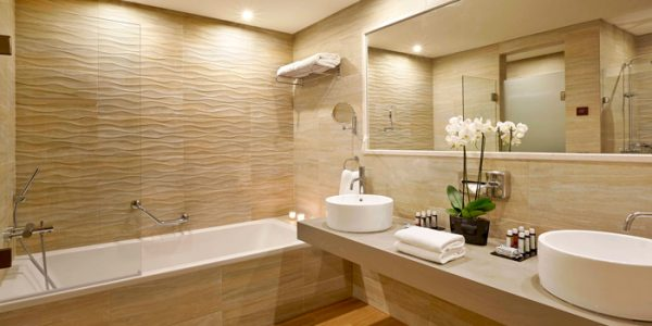 luxury-bathroom-reno3